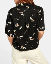 Load image into Gallery viewer, RVCA FOREIGN BUTTON UP SHIRT