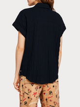 Load image into Gallery viewer, SCOTCH & SODA SMOCKED KNOTTED SHORT SLEEVE