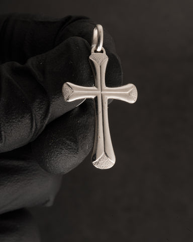 Cross Pendant in 10K Gold