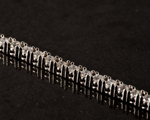 2.00 CT. Diamond Tennis Bracelet in 14K White Gold