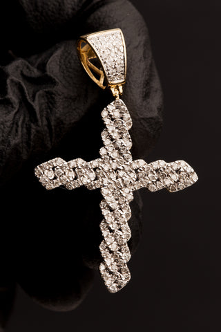 1.04 CT. Diamond Cross Pendant in 10K Gold