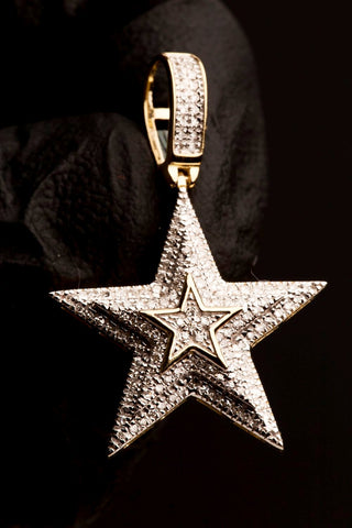 0.34 CT. Diamond Star Pendant in 10K Gold