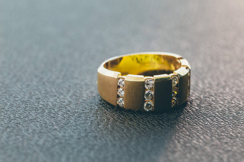 0.98 CT. Diamond Ring in 10K Yellow Gold