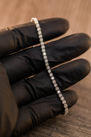5.05 CT. DIAMOND TENNIS ROW BRACELET IN 14K GOLD