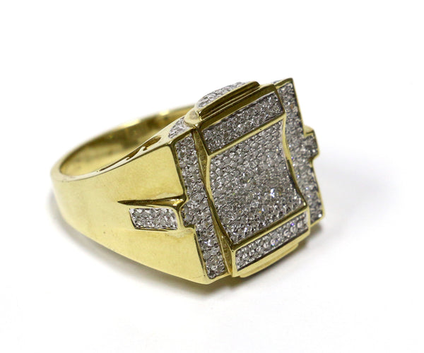 0.85 CT. Diamond Ring in 10K Yellow Gold