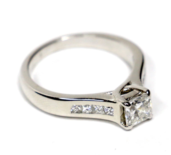 0.90 CT. Diamond Engagement Ring in 14K White Gold