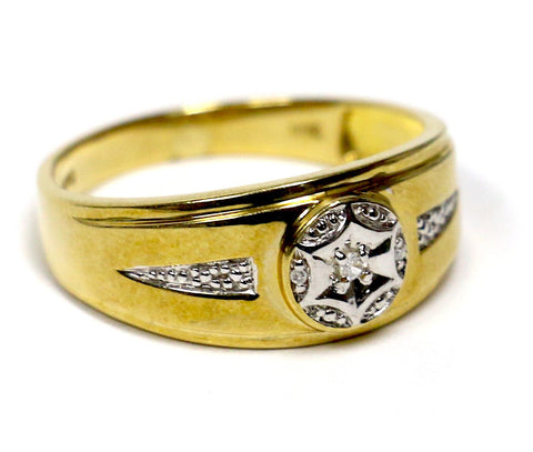 0.10 CT. Diamond Wedding Band in 10K Yellow Gold
