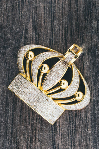 0.95 CT. CROWN Diamond Pendant in 10K Yellow Gold
