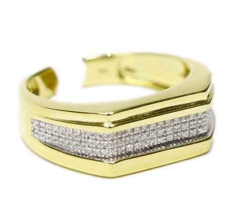 0.17 CT. Ridged Frame Diamond Ring in 10K Yellow Gold