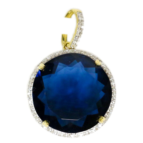 0.25 CT. Simulated Emerald Diamond Pendant in 10K Gold