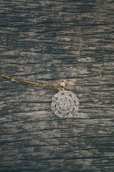 0.50 CT. Diamond Pendant in 14K Gold w/ Chain
