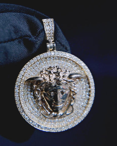 "1.40 CT. Diamond ""Versace"" Pendant in 14K Gold*"