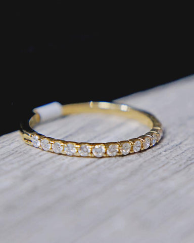 0.25 CT. Exclusive Diamond Women's Band in 14K Gold*