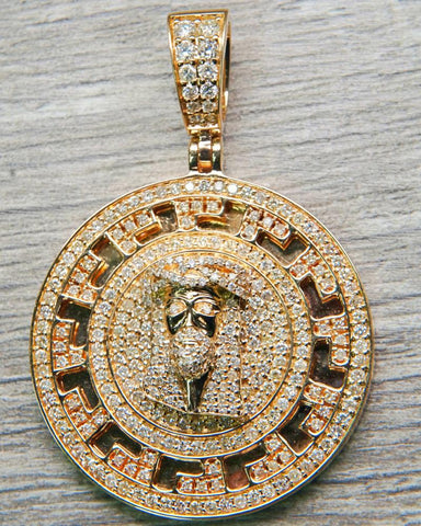 "4.70 CT. ""Diamond Jesus"" Pendant in 14K Gold*"