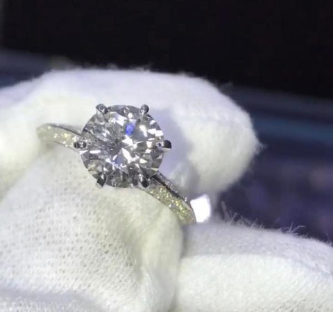 Diamond eng ring 2.5ct lili ma
