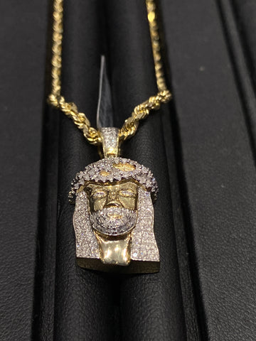 0.65 CT. Jesus Diamond Pendant in 10K Gold with Solid Rope Chain