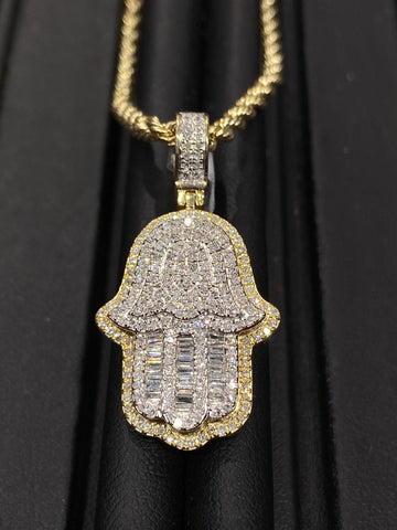 "0.89 CT. ""Hamza Hand"" Gold Pendant in 10K Gold"