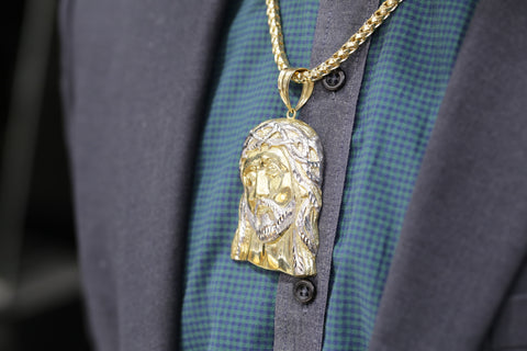 10K Gold Jesus Pendant and 10K Gold Millinnium Rope Chain