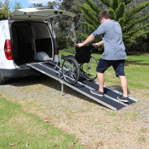 Heeve Aluminium Multi-Fold Super-Grip Wheelchair Ramp