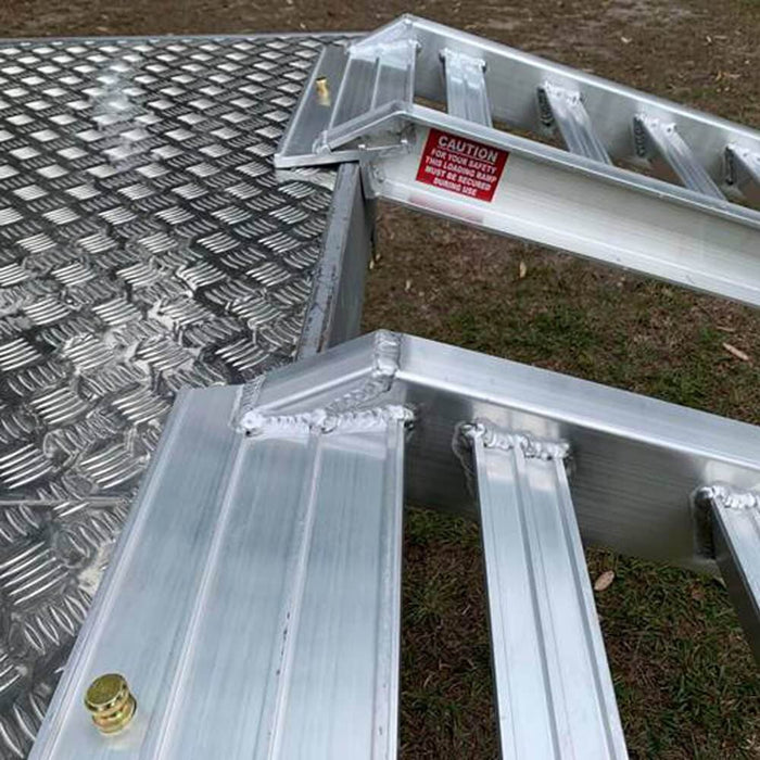 Whipps Construction & Machinery Whipps 4.5 Tonne 4.1 m x 570mm  Aluminium Loading Ramps