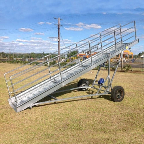 Atlex 6m Light Duty Height Adjustable Mobile Sheep Loading Ramp - Atlex - Ramp Champ