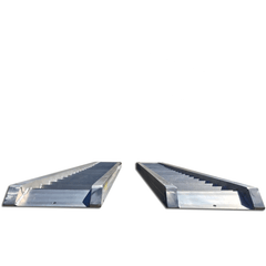 AusRamp 5-Tonne 1.6m x 550mm Aluminium Machinery Loading Ramps for Trailers, Pair