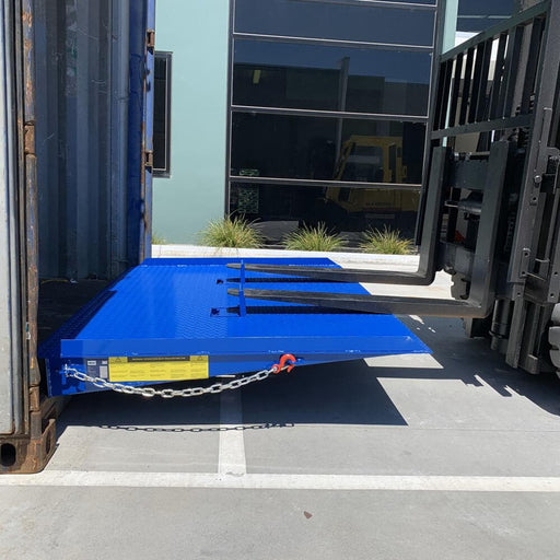 Heeve Industrial-Series 8-Tonne to 12-Tonne Forklift Container Ramp - Heeve - Ramp Champ