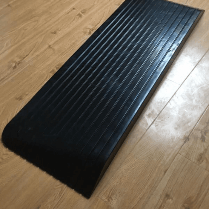 Heeve Mobility Ramps Heeve Solid Rubber Wheelchair Threshold Door Ramp With Winged Edges