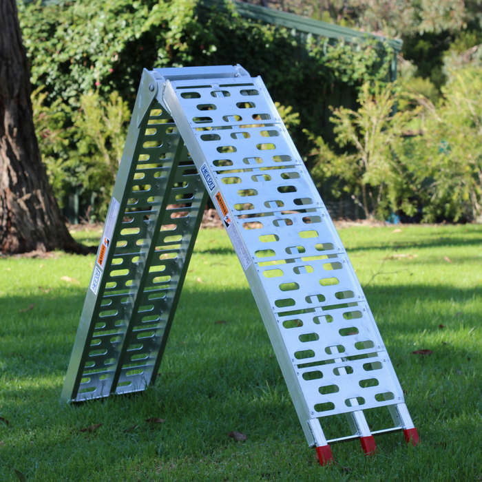 Heeve 2.3m x 680kg Aluminium Curved Folding Lawn Mower Ramps - Heeve - Ramp Champ