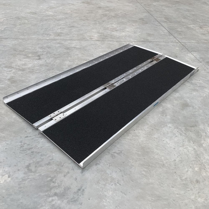 Heeve Aluminium Single-Fold Super-Grip Wheelchair Ramp - Heeve - Ramp Champ