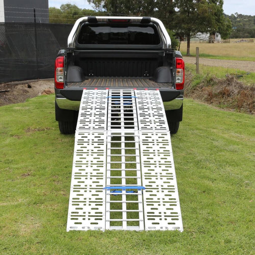 Heeve 2.3m Aluminium Curved Folding 3-Piece Loading Ramp - Heeve - Ramp Champ