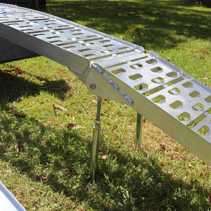 Heeve Motorcycle Heeve 2.3m x 340kg Aluminium Curved Folding Motorcycle Ramp