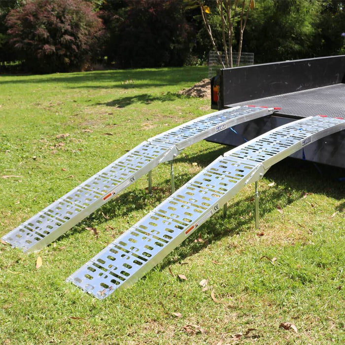 Heeve 2.3m x 900kg Aluminium Curved Folding Lawn Mower Ramps - Heeve - Ramp Champ