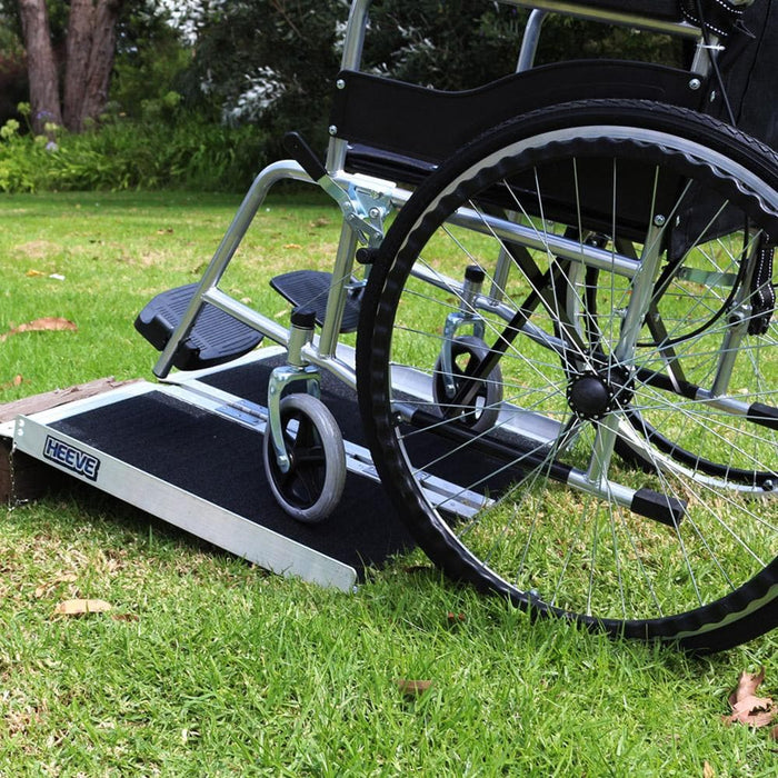 Heeve Mobility Ramps Heeve Aluminium Single-Fold Super-Grip Wheelchair Ramp