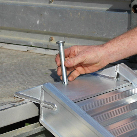 Pin and Clip Set for Aluminium Loading Ramps