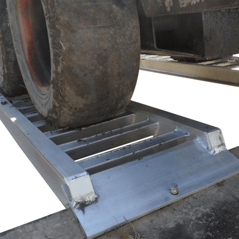 Whipps 1.5 Tonne 3m x 350mm Curved Aluminium Machinery Loading Ramps, Pair - Whipps - Ramp Champ