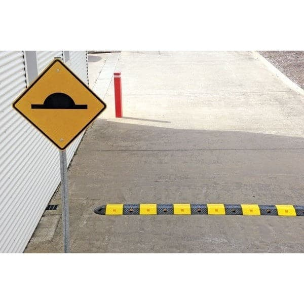 Barrier Group Complete Speed Hump Sign Kit - Barrier Group - Ramp Champ