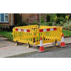Oxford Plastics Avalon Pedestrian Barrier 2m Section