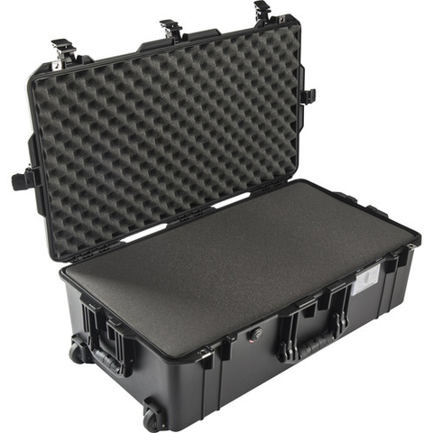 Pelican 1615Air Carry-On Case with Foam (Black)