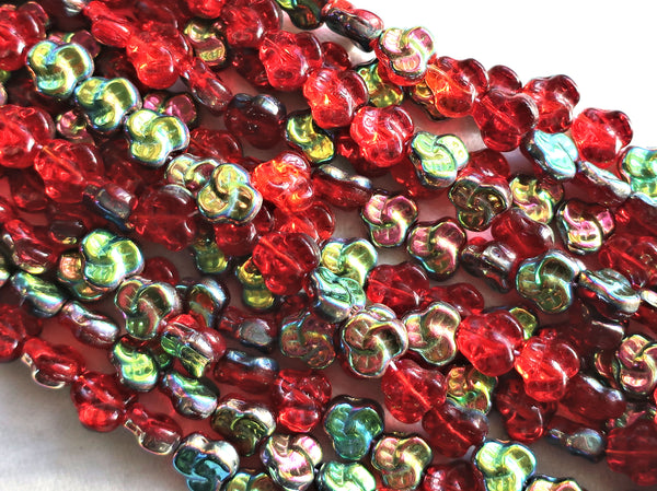 Lot of 25 9mm Czech flat Red Pansy beads, light siam ruby red vitral flower beads C0801