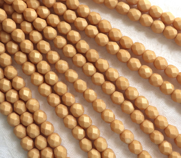 Lot of 25 6mm Czech glass druks, neutral opaque beige, yellow / gold Pacifica Ginger smooth round druk beads C8601