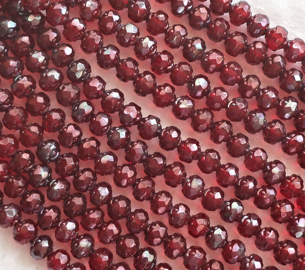 Lot of 25 Czech glass rosebud beads - Siam Ruby Garnet Red Vega - 5 x 6mm - faceted - firepolished - antique cut beads C2901