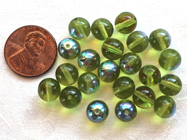 Lot of 25 8mm Czech glass druks, Peridot Green smooth round druk beads C0401 - Glorious Glass Beads