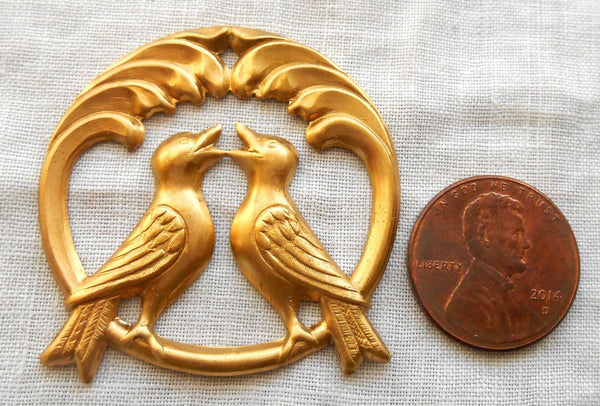 Accessories - Raw Brass Stamping, Two Perched Love Birds, Charm, Pendant, Connector,  37mm In Diameter, Made In The USA C4801