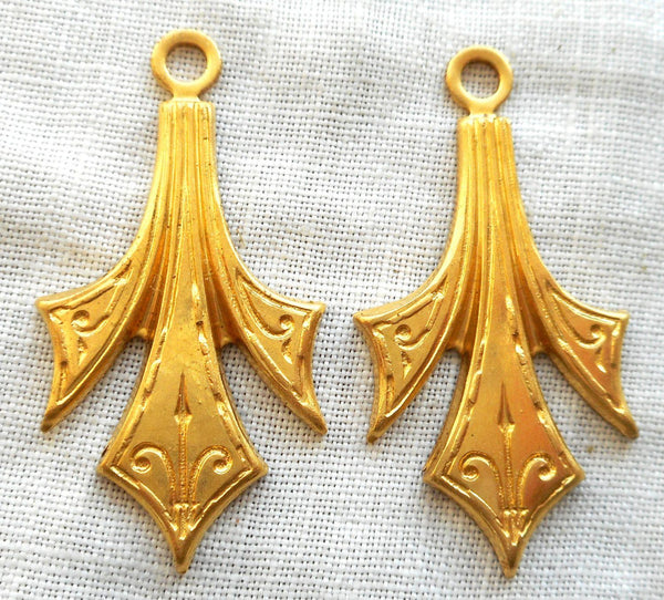 Accessories - Two Raw Brass Stampings, Victorian Dangles / Charms, Earrings 31mm X 16mm, Made In The USA C4802
