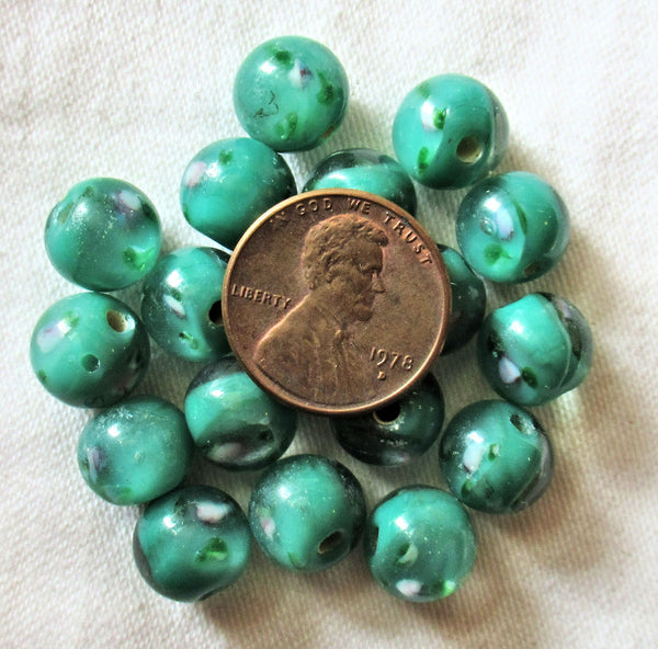 Lot of ten 10mm green smooth round floral druk beads - made in India glass flower smooth round druks C5901