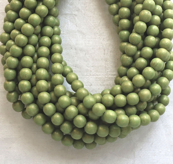 Lot of 50 6mm Opaque Pacifica Avocado gGeen Czech glass druks, Green smooth round druk beads, C5601