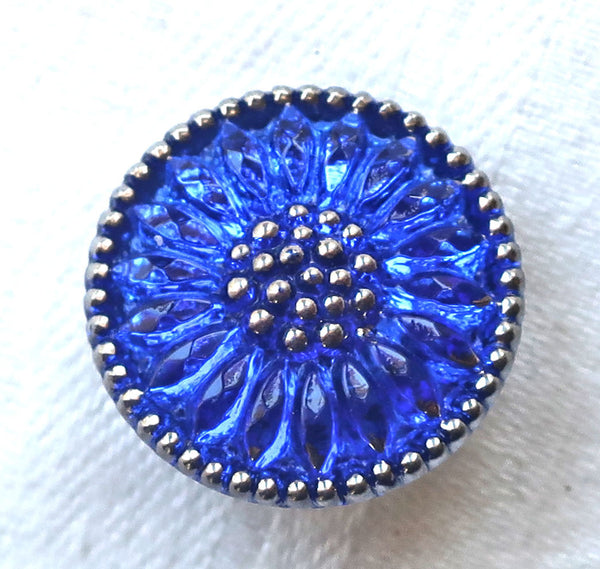 One 18mm Czech glass flower button, cobalt blue sunflower with silver accents, decorative floral shank buttons 52201