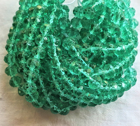 Lot of 25 Czech glass rosebud beads - Emerald Green - 5 x 6mm faceted, firepolished, antique cut, beads C7101