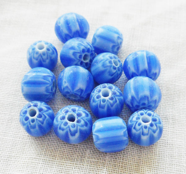 Lot of 25 blue and white striped chevron glass Beads 6 x 7mm C1401